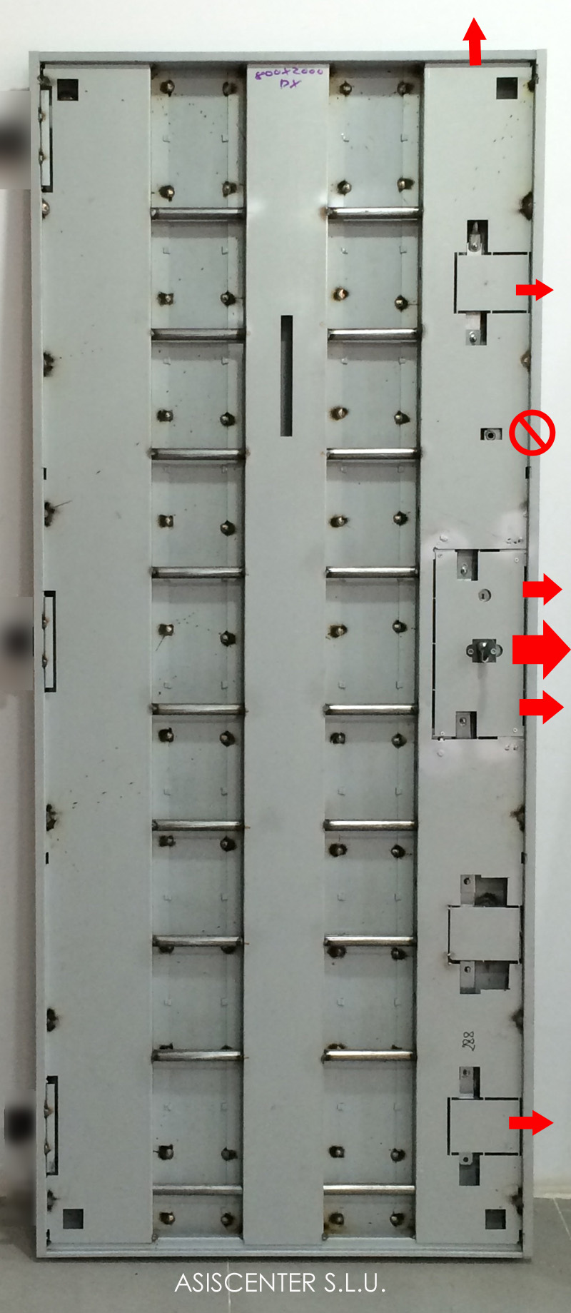 de las puertas con bisagras invisibles